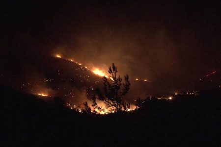 Large wildfire in Chios- village evacuated