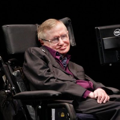 Stephen Hawking calls for EPA chief ouster