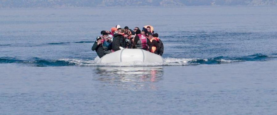 25 migrants rescued, 1 child dies in boat accident