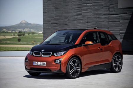 BMW gears up to mass produce electric cars by 2020