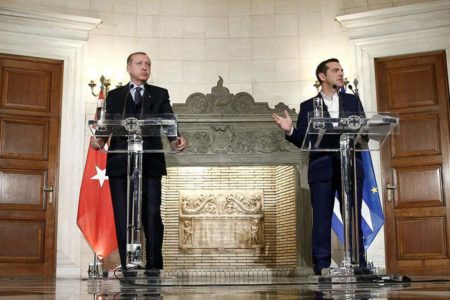 Tsipras, Erdogan meeting at NATO Summit key in the release of two Greek servicemen