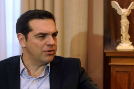 Tsipras contacts the Albanian Prime Minister regarding the properties of Greek minority