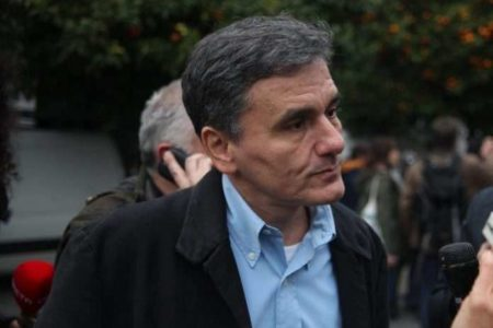 Tsakalotos: 'IMF must decide quickly what it wants'