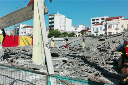 One man dead after building roof collapses in Patras