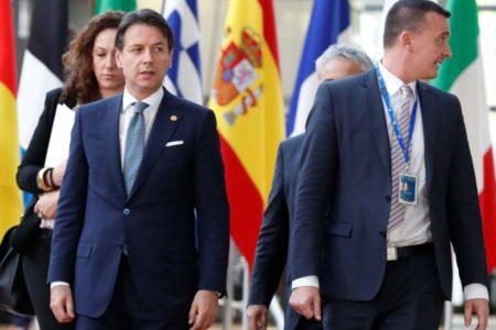 EU leaders seek ways to halt migrants amid political turmoil