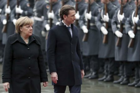 EU gears up for trade war as populist challenge grows