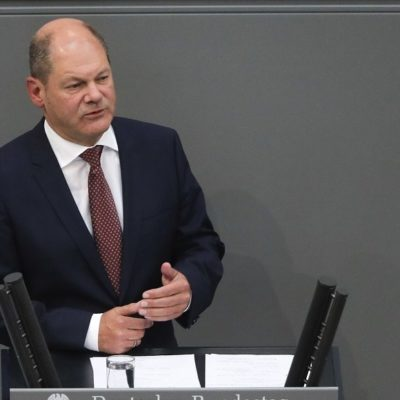 Scholz: Greek government is moving in a logical and wise manner regarding pension cuts